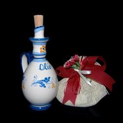 Antica oliera in ceramica di Caltagirone.