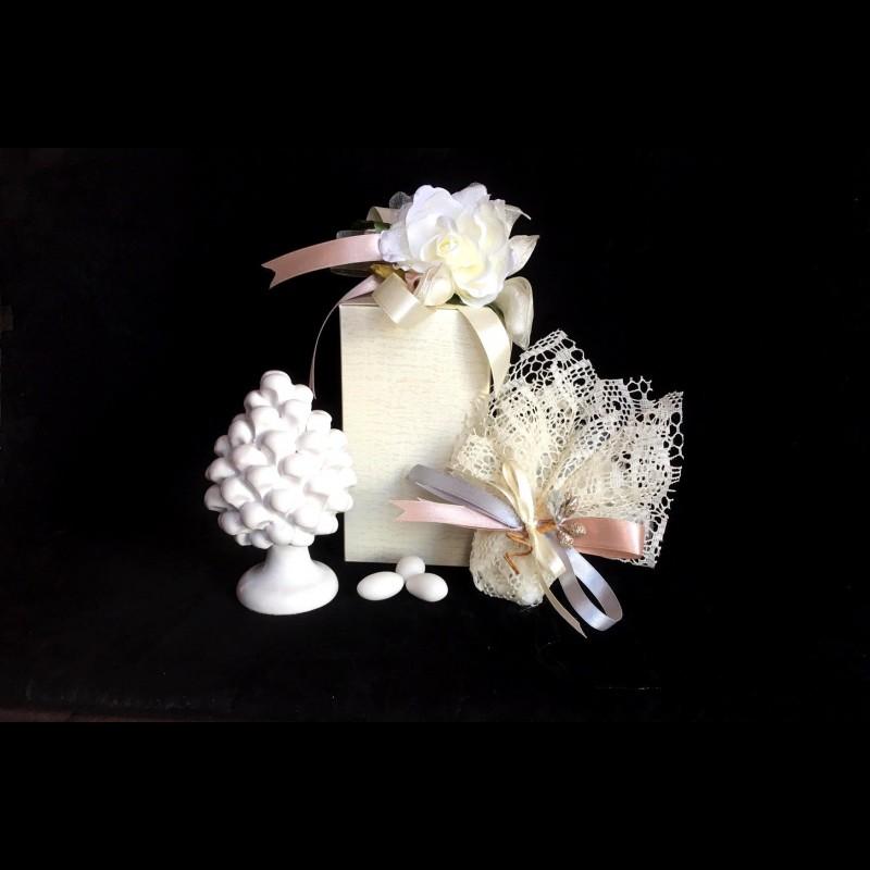 Bomboniere Matrimonio Ceramica Caltagirone.Bomboniera Pigna Tipica Di Caltagirone Bianca Codice A1g Particol
