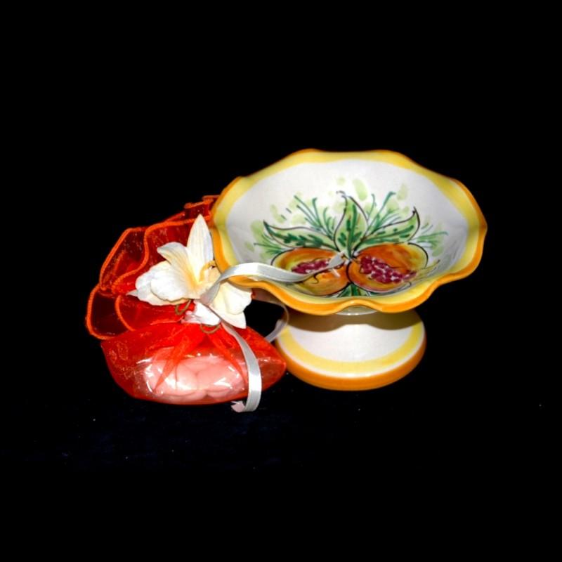 Alzatina in ceramica di Caltagirone.